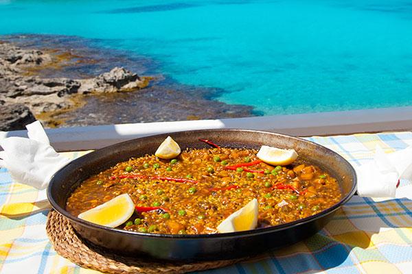 paella-mediterranean-rice-food-balearic-islands